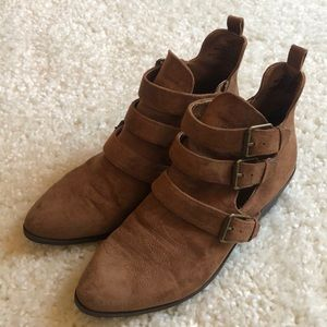 Universal Threads Brown Ankle Boots Size 9